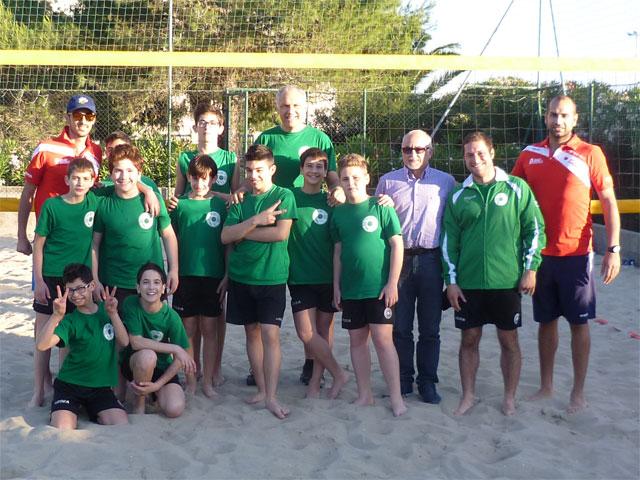showy-boys-beach-volley