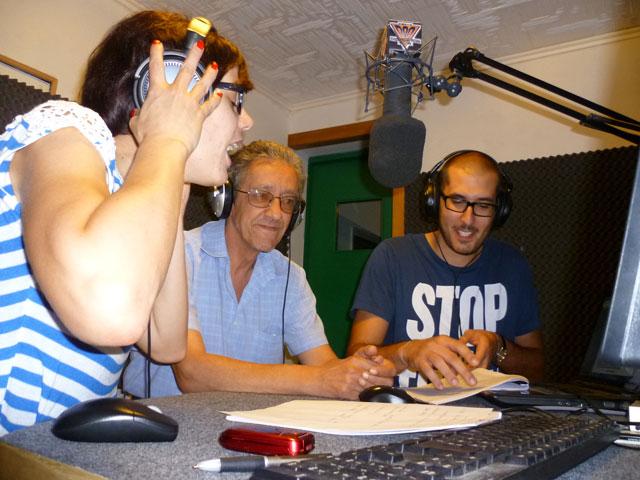 showy in radio